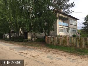 Красноборский пос., Центральная ул., 8