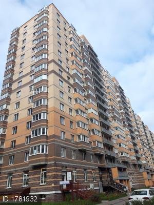 Мурино, Петровский бул., 7