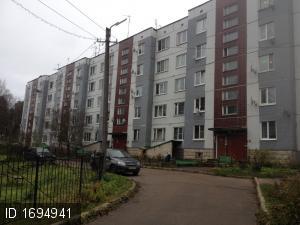 Платформа 69-й километр пос., Заводская ул., 10